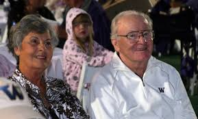 The late Don James (with his wife Carol) was an early backer of the Morris Trophy.  (Photo from gohuskies.com)